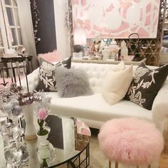 Girly DIY Room Decor! ♡ https://www.youtube.com/watch?v=6OPF5G6cvQA