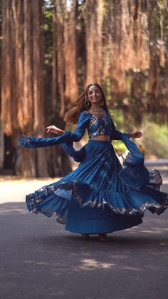 Indian Wedding Poses, Indian Look, Instagram Photo Editing, Caption Quotes, Lehenga Designs, Cute Songs, Indian Designer Wear, Deepika Padukone, Lehenga Choli