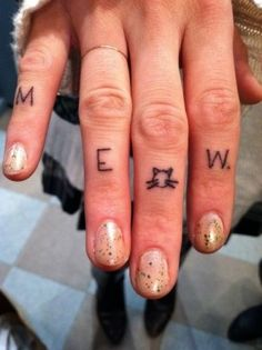 """This is the cutest word for finger tattoos I have ever seen. The other hand could say purr. Also, why is it every time I search for piercings I get tattoo results? I found this on a search for """"finger piercing"""". Girly Tattoos, Love Tattoos, Beautiful Tattoos, Cat Tattoos, Tatoos, Tasteful Tattoos, Awesome Tattoos, Print Tattoos, Tattoo Girls"""