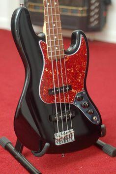 Fender American Standard Jazz Bass Fender Bass Guitar, Acoustic Guitars, Fender American Standard, Double Bass, Custom Guitars, Music Stuff, Musical Instruments, Electric Guitars, Baddie