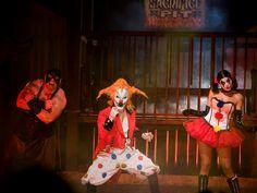 Jack the Clown, o palhaço de rosto malicioso com maquilhagem branca e verde, nariz vermelho e cabelo vermelho está de volta para o aniversário de 30 anos do evento Halloween Horror Nights do Universal Orlando Resort.