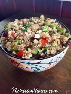 Warm Balsamic Barley and Quinoa Salad Nutrition Education, Gym Nutrition, Barley Nutrition, Broccoli Nutrition, Nutrition Month, Nutrition Quotes, Holistic Nutrition, Nutrition Guide, Couscous