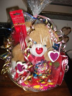 More Valentine Baskets U003c3