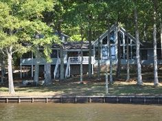 5 Bedroom Main Lake View & Flat Waterfront Lot!  WIFI & CanoeVacation Rental in Bracey from @HomeAway! #vacation #rental #travel #homeaway