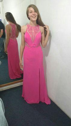 3b79b18462 Dana Sittner · Recepción · Camille La Vie Crepe Plunge Caviar Beaded Gown  This dress ...