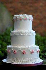Classic Royal Icing Wedding Cake Masterclass