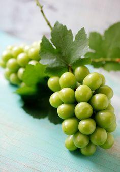 Okayama's grape (Shine Muscat) from Japan
