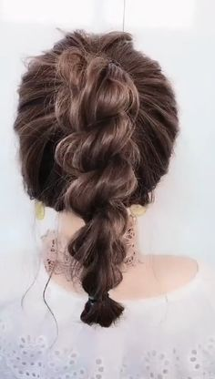 So pretty hairstyles hairtutorial updohairstyles hairtutorial hairvideos Easy Hairstyles For Long Hair, Twist Hairstyles, 1800s Hairstyles, Pretty Hairstyles, Wedding Hairstyles, Hair Up Styles, Medium Hair Styles, Hair Videos, Makeup Videos