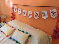 Almohadones - Caminos - Banderines Bordado Mexicano - $ 350,00 My Room, Handicraft, Garland, Diy Home Decor, Bed Pillows, Toddler Bed, Kids Room, Projects To Try, Embroidery