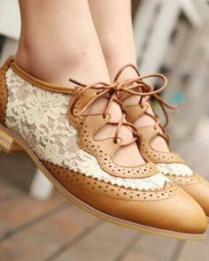 tan leather and white lace oxfords!
