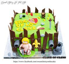 Clash of clan cake.