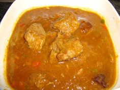 Goulash in de thermomix , recept , thermomix recept Goulash, Curry, Beef, Ethnic Recipes, Food, World Cuisine, Meat, Curries, Essen