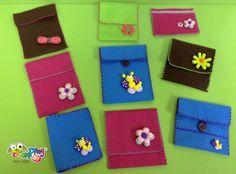 bossetes de feltre decorades / bolsitos de fieltro decorados