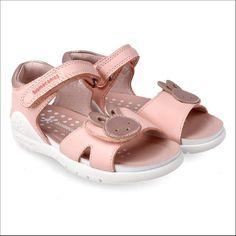 "Dee.es Children Shoes on Instagram: ""Biomecanics#sandals#sizes 24-32🐰💗"" Baby Shoes, Children, Clothes, Instagram, Model, Fashion, Sandals, Young Children, Outfits"
