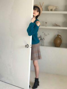 High Waisted Skirt, Cold Shoulder Dress, Summer Dresses, Cute, Vintage, Akb48, Stickers, Beauty, High Waist Skirt
