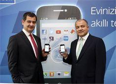 Türk Telekom Bireysel Müşteri Başkanı Ali Yılmaz ve Türk Telekom CEO'su Tahsin Yılmaz