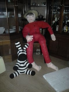 Strikket Cowboy efter engen opfindelse og hæklet zebra