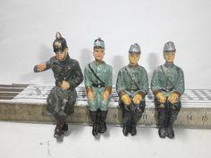 Konvolut 4 alte Elastolin Massesoldaten Polizisten für Kraftfahrzeuge zu 7.5cm | eBay