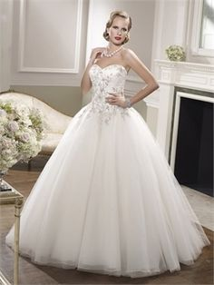 2015 White Ball Gown Sweetheart Beading Zipper Lace Organza Wedding Dresses Bridal Gowns AWD630035