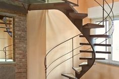 Category: center-stringer stairs
