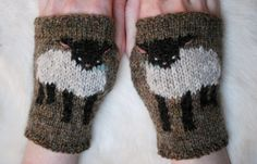 Tiny Owl Knits Baby Lamb Cuffs Knitting by theirresistibleewe Mittens Pattern, Knit Mittens, Knitted Gloves, Knitting Stitches, Baby Knitting, Knitting Patterns, Wrist Warmers, Hand Warmers, Baby Lamb