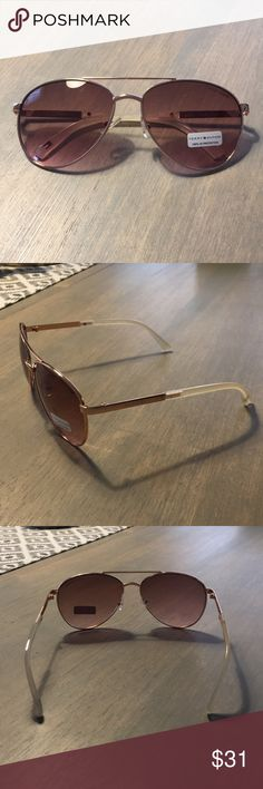 Tommy Hilfiger Lindsay Aviator Sunglasses - NWT NWT - 100% authentic Tommy Hilfiger Aviator 😎  •metal frame •plastic lens •non-polarized •Lens width: 59 millimeters •Lens height: 50 •Bridge: 16 •Arm: 127 •Rose Gold Metal Frame •Pink Lenses Tommy Hilfiger Accessories Sunglasses