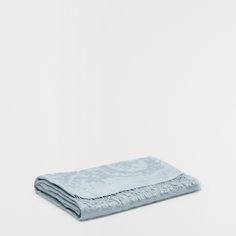Image 1 of the product ORNAMENTAL JACQUARD BLANKET