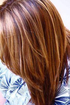 Burgundy Hair Color with Blonde Highlights Burgundy Hair Color with Blonde Highl. Burgundy Hair Co Brown Hair With Blonde Highlights, Red To Blonde, Brown Blonde Hair, Hair Color Highlights, Light Brown Hair, Blonde Color, Caramel Highlights, Auburn Highlights, Auburn Balayage
