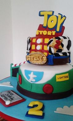 Toy Story Cake www.chic-dreams.co.uk