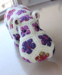 Hannah is done, at last! I put the finishing touches on her last night - a little red li. African Flower Crochet Animals, Crochet Flowers, Chunky Crochet, Knit Crochet, Crochet Hippo, Yarn Tail, Crochet Projects, Knitted Hats, Free Pattern