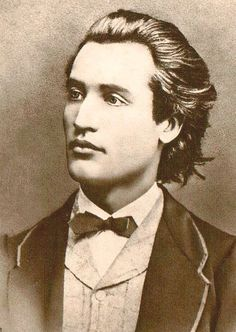 My Daguerreotype Boyfriend: Mihai Eminescu, age Somewhat unstable Romantic Romanian poet. Submitted by sehenswuerdigkeiten Vintage Pictures, Old Pictures, Vintage Images, Old Photos, Look Vintage, Vintage Beauty, Vintage Men, Louis Daguerre, Vintage Gentleman