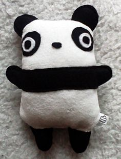 Panda by ~cindy-cupcake on deviantART