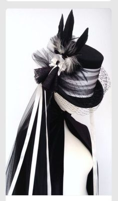 c904f927abd Lady Mathius Neo Victorian Gothic wedding hat - top hat with black and  white veil by Blackpin on Etsy.