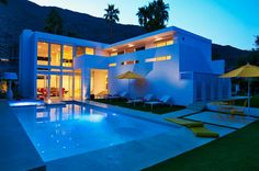 El Portal in Palm Springs, California | HomeDSGN, a daily source for inspiration and fresh ideas on interior design and home decoration.