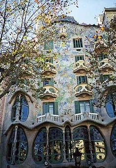 Gaudì, CASA BATILLÓ, 1904-07, Barcellona