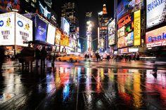 Times Square reflection by OoCekaoO , via 500px.