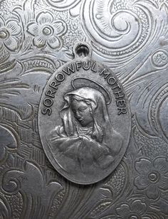 Saint Peregrine Italian Silver Catholic Medal Patron Saint Of Those Suffering From Cancer, With Mater Dolorosa Sorrowful Mother Mary