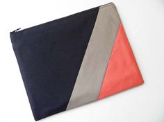 Your place to buy and sell all things handmade : XLARGE zipper pouch 10 x 8 inch geometry color block Coin Purse Tutorial, Zipper Pouch Tutorial, Tote Tutorial, Diy Clutch, Clutch Bag, Bag Patterns To Sew, Tote Pattern, Sewing Patterns, Fabric Bags