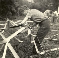 Students assembling Buckminster Fuller's venetian blind strip dome @ Black Mountain College, 1948