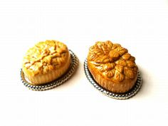 Making Decorative Victorian Pies / Dollhouse Kitchen Miniatures Blog DollHouse Miniature Food
