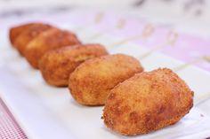 Croquetas Vivesoy de calabacín y gambas: Estas ricas croquetas elaboradas con bebida de soja Vivesoy pueden ser un delicioso entrante. Ligeras y saludables, resultan muy cremosas y crujientes.