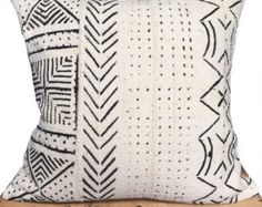 18 Inch White African Mud Cloth Pillow Cover