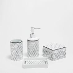 Set d 39 accessoires de salle de bain design c ramique blanc cubic sur home salle de for Accessoires salle de bain zara home