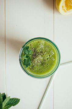 A microgreen, mint + mango juice | Dolly and Oatmeal
