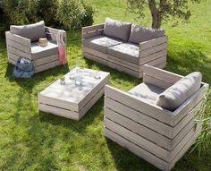Divanetti da esterno fai da te - Bancali come divani