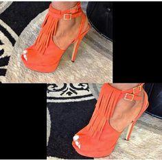 Got to love orange. @GarbShoeique