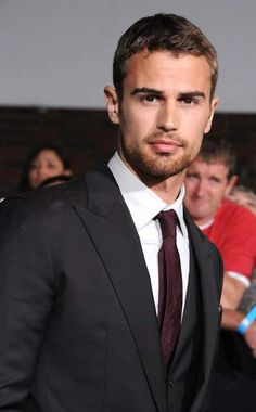 Hottest Photos of Theo James Theo James, Theo Theo, Theodore James, James 3, James Franco, Hot Actors, Actors & Actresses, Hottest Actors, Hottest Guys