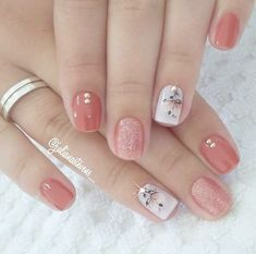 Semi-permanent varnish, false nails, patches: which manicure to choose? - My Nails Spring Nail Art, Nail Designs Spring, Simple Nail Designs, Spring Nails, Nail Art Designs, Summer Nails, Cute Nails, Pretty Nails, My Nails