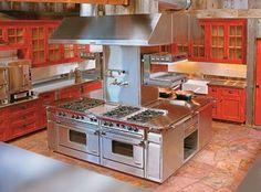46 Modern Restaurant Kitchen Design Ideas - nicholas news Custom Kitchens, Home Kitchens, New Kitchen, Kitchen Decor, Layout Design, Commercial Kitchen Design, Restaurant Kitchen, Minimalist Kitchen, Beautiful Kitchens