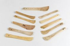 Group of 13 sail makers tools,… - Australian & Colonial History - Mossgreen Auctions (No longer trading) Drafting Tools, Native American Artifacts, Majestic Animals, Button Crafts, Colonial, Sailing, Pottery, Group, Diy Tools